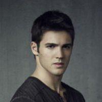 The Vampire Diaries saison 4 : Jeremy peut-il se débarrasser de son envie de tuer ? (SPOILER)