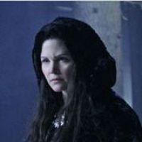 Once Upon A Time saison 2 : la maman de Blanche Neige arrive avec ses secrets (SPOILER)