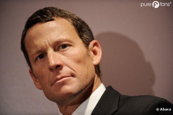 Lance Armstrong se confie à Oprah Winfrey et reconnait s'être dopé.