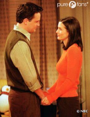 Chandler et Monica se retrouvent dans Go On
