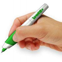 Un stylo high tech avec correcteur intégré : fini les fôôôtes