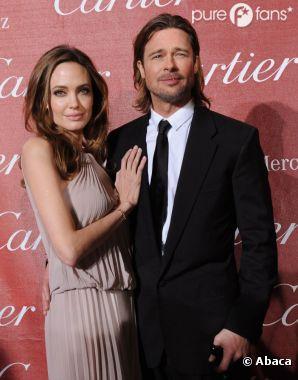 """Brad Pitt a """"surpris"""" Angelina Jolie pour la St Valentin"""