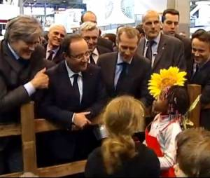 """Nicolas Sarkozy ? Tu ne le verras plus"", lâche François Hollande au Salon de l'agriculture 2013"