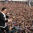 Psy danse le Gangnam Style au Trocadéro