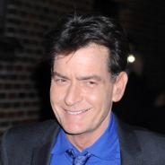 """Charlie Sheen lance un """"appel aux armes"""" contre l'école de sa fille"""