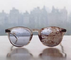 Les lunettes ensanglantées de John Lennon