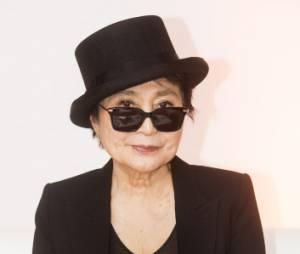 Yoko Ono suscite l'émotion sur Twitter