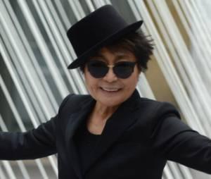 Yoko Ono fait aprler d'elle sur Twitter
