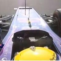Mark Webber : doigt d'honneur à Sebastian Vettel en pleine course