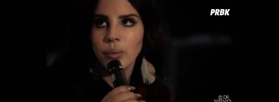 Lana Del Rey a encore opté pour un clip vintage