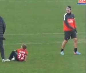 Les fils Beckham jouent avec le PSG