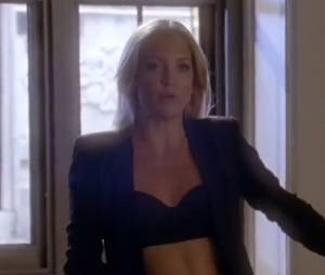Cassandra est toujours aussi sexy dans Glee