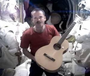 La chanson Space Oddity de David Bowie jouée dans l'espace
