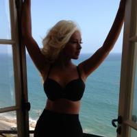 "Christina Aguilera redevient sexy : bye-bye ""Loana"""