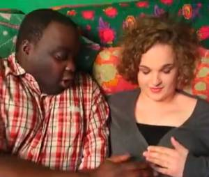 Le couple finit par tomber amoureux dans Mamadou de Magic System