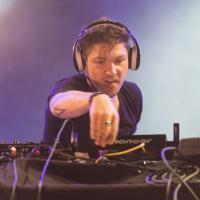 Quentin Mosimann : finie la carrière de chanteur, le DJ veut composer pour Tal et Céline Dion