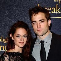 """Robert Pattinson et Kristen Stewart réconciliés ? """"Main dans la main"""" à L.A"""