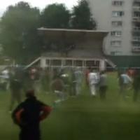 Football : violence et bombes lacrymo, la vidéo CHOC d'un match amateur