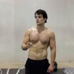 Man of Steel : entraînement intense et régime drastique pour Henry Cavill