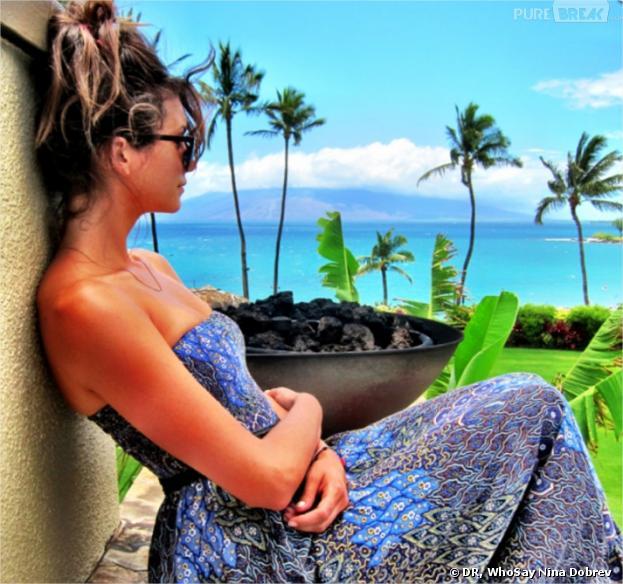 Nina Dobrev en vacances à Hawaï