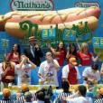Joey Chestnut est devenu le plus grand mangeur de Hot-Dogs avec 69 sandwichs avalés lors du concours organisé à New York le 4 juillet 2013