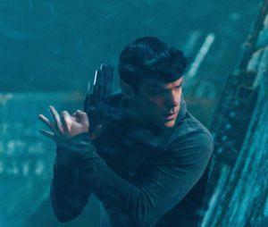 Star Trek Into Darkness : Zachary Quinto annonce le tournage de la suite pour 2014