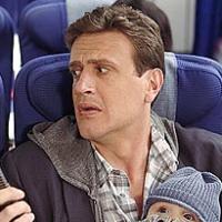 How I Met Your Mother saison 9 : voyage mouvementé pour Marshall sur une photo promo (SPOILER)