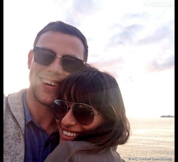 Mort de Cory Monteith : Lea Michele reprend contact avec ses fans et poste cette photo émouvante