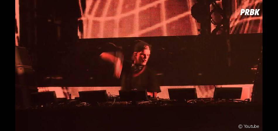 """Avicii : Wake Me Up, le clip en partie """"live"""""""