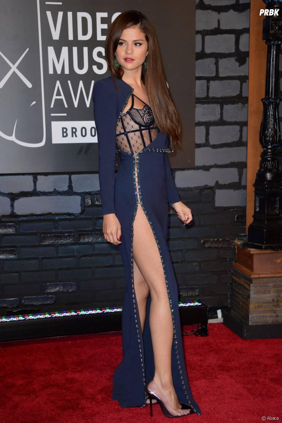 Selena Gomez en transparence sur le tapis-rouge des MTV VMA 2013, le 25 août 2013