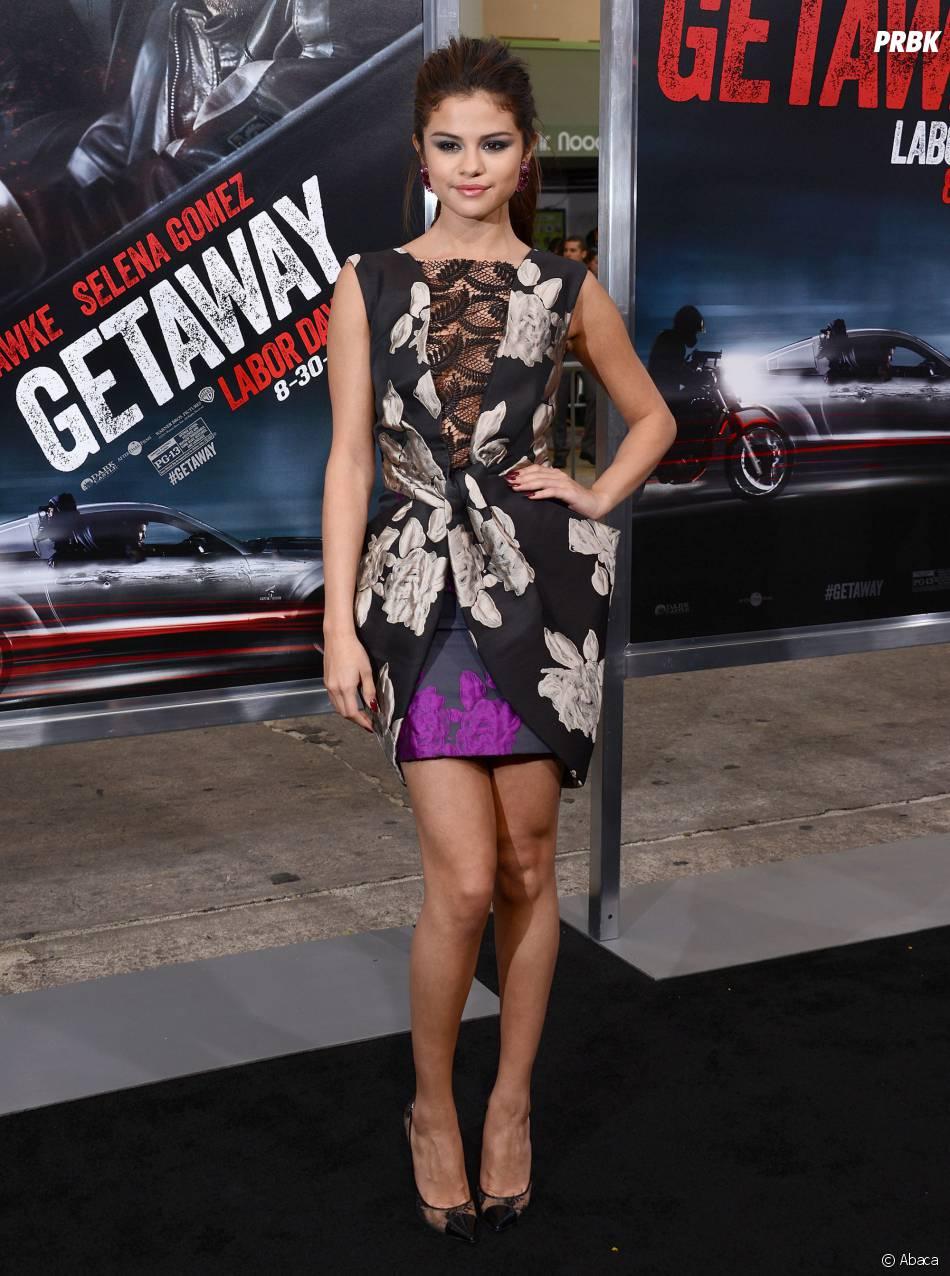 Selena Gomez : son soutien-gorge corset a fait son effet