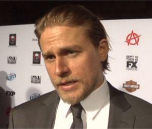Charlie Hunnam parle des scènes de sexe dans Fifty Shades of Grey