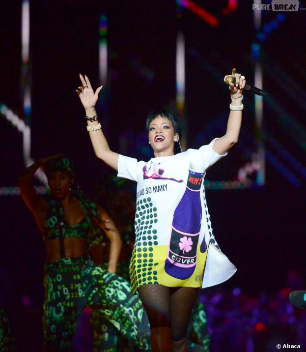 Rihanna  sur la scène de Padang le 22 septembre 2013