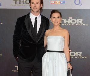 Chris Hemsworth et Natalie Portman à l'avant-première de Thor : le monde des ténèbres à Berlin le 27 octobre 2013