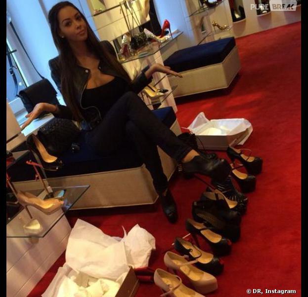 Nabilla Benattia expose sa folie des chaussures sur Instagram