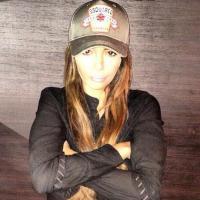 Nabilla Benattia analphabète ? Ayem Nour sort (encore) les griffes sur Twitter