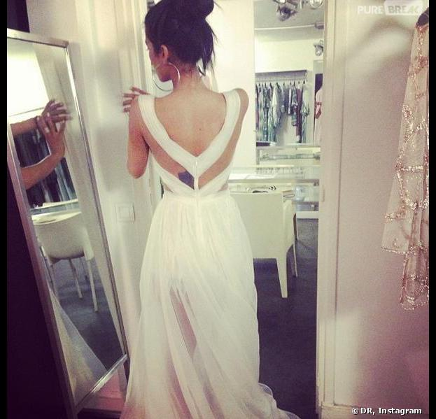 Ayem Nour : une robe blanche qui affole la Toile