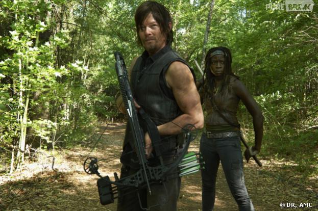 The Walking Dead saison 4 : Daryl et Michonne sous la couette ?