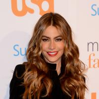 Sofia Vergara : Jingle Bells massacré par la bombe de Modern Family