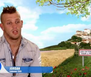 Les Ch'tis font leur tour de France : Jordan se fait rentrer dedans par une vachette