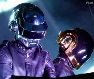 """Le sample de """"One More Time"""" des Daft Punk recréé en 7 minutes"""