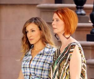 Cynthia Nixon et Sarah Jessica Parker pendant le tournage de Sex and the City 2 en 2009