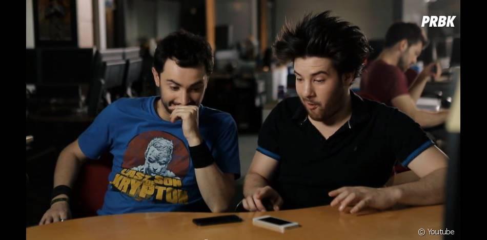 SURICATE (Golden Moustache) : de quoi parlent deux Siri ?