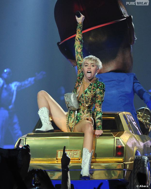 Déguisez-vous en Miley Cyrus pour Mardi Gras