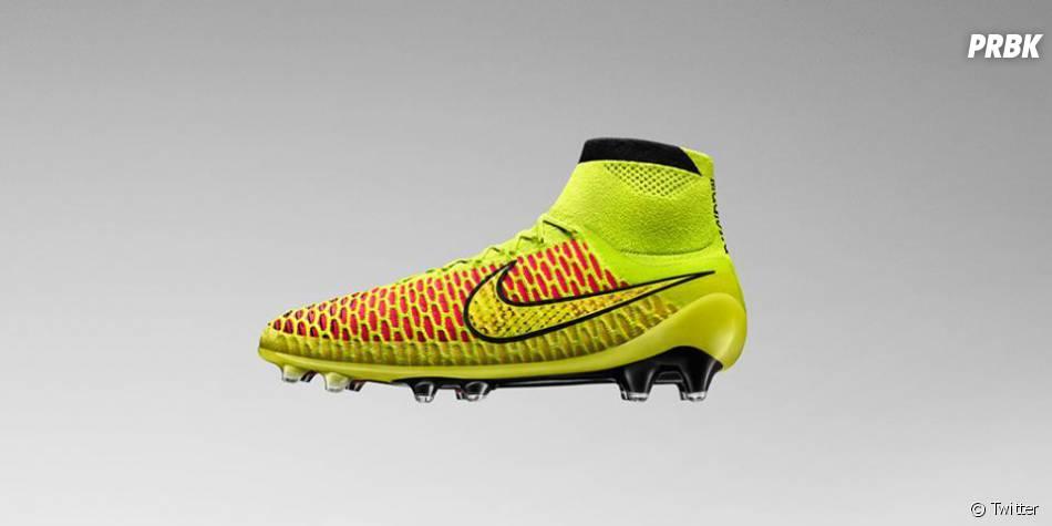 chaussure de foot adidas crampon hybride