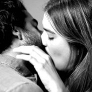 [VIDEO] Magnifique et émouvant : des inconnus s'embrassent pour la première fois