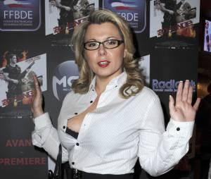 Cindy Lopes dévoile son single hot 'Sur place ou à emporter'