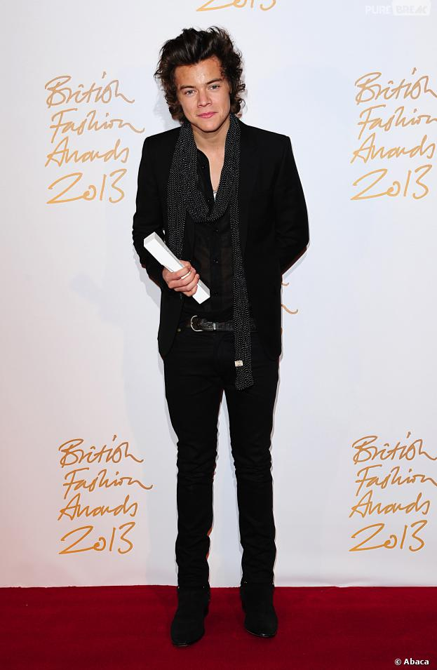 Harry Styles sur le tapis rouge des British Fashion Awards 2013