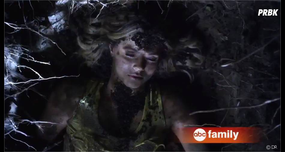 Pretty Little Liars saison 4, épisode 24 : Alidans la bande-annonce