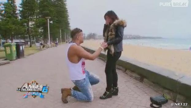 Les Anges 6 : Neymar demande Kelly Helard en mariage en Australie